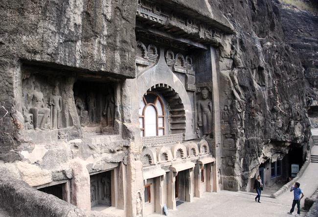 Пещерный буддийский комплекс Аджанта 4