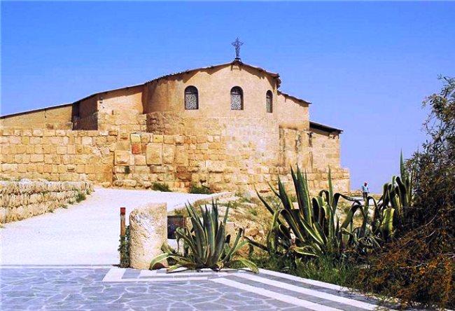 Гора Небо и Мемориал Моисея в Мадаба 2