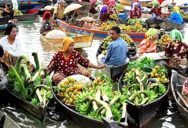 Плавучий рынок Банджармасин 5 1486.аз