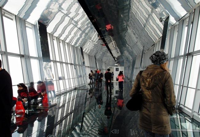 Всемирный Шанхайский финансовый центр – здание «открывалка»