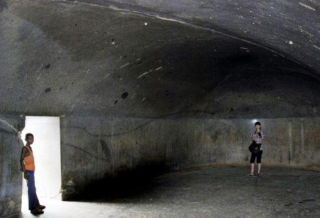 1476.аз. Мегалитические Пещеры Барабар 5