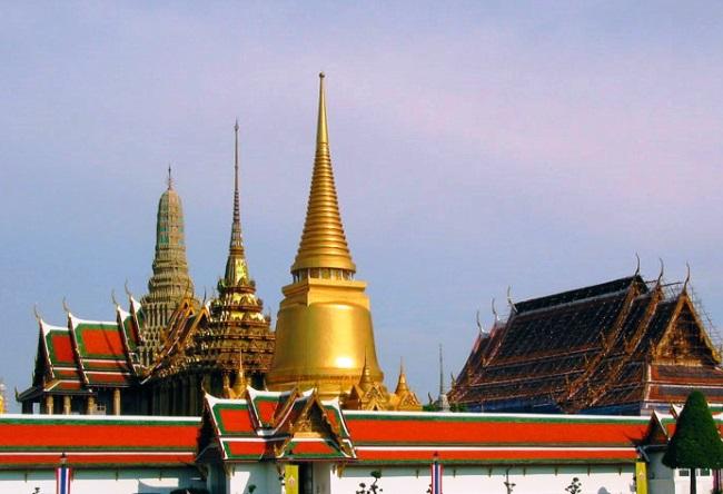 Храм Изумрудного Будды в Ват Пра Хео