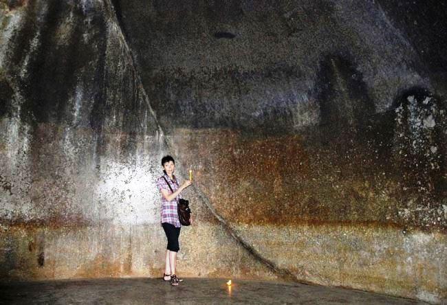 Скалистые пещеры Барабар 4