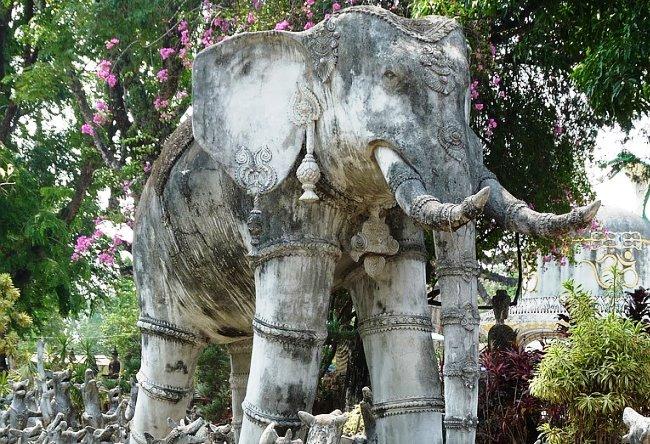 Парк самых высоких скульптур в мире 2