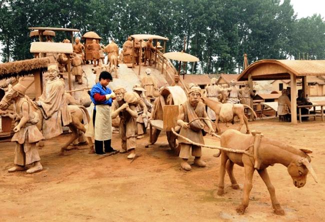 Парк скульптур из глины в Феникс-городе 4