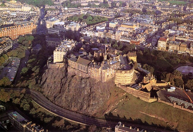 Edinburgh Castle or the key to Scotland 2