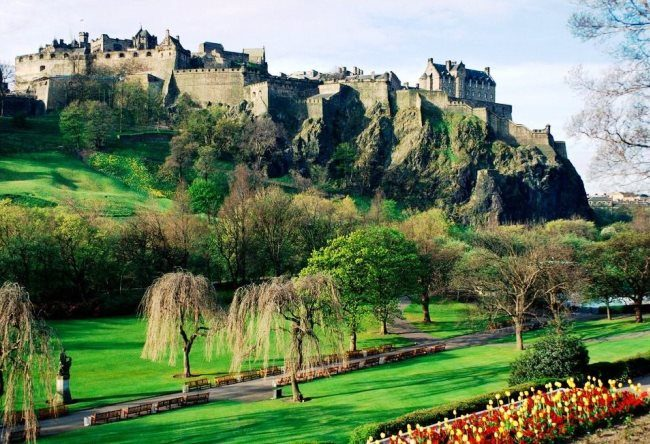 Edinburgh Castle or the key to Scotland 4