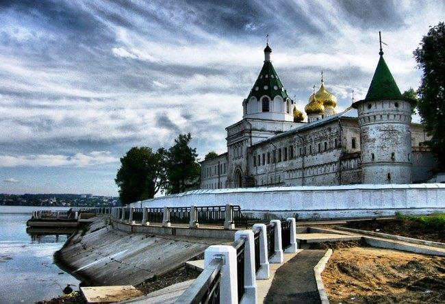 Holy Trinity Ipatiev Monastery 2