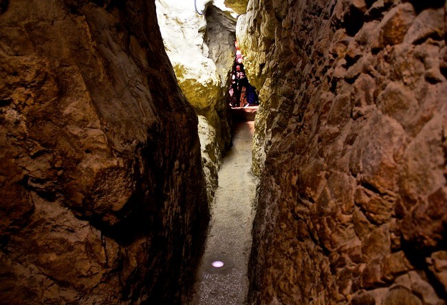 Jerusalem the Siloam Tunnel 2