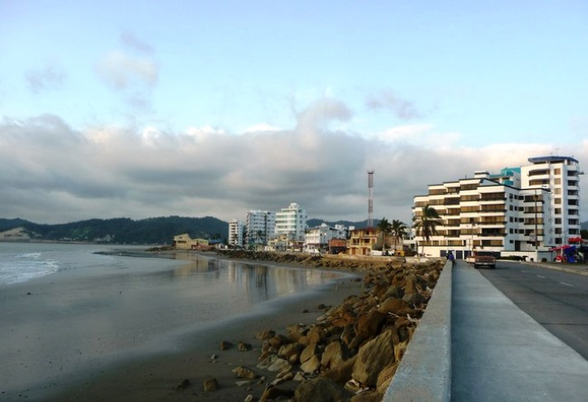 The town Bahía de Caráquez is an Ecuador pearl 4