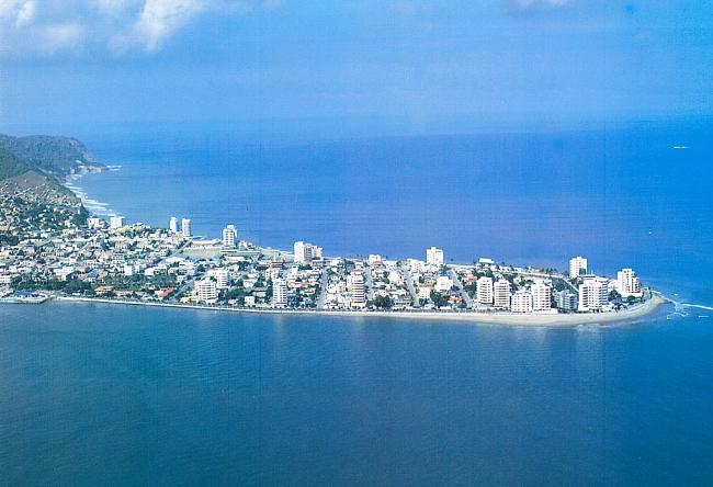The town Bahía de Caráquez is an Ecuador pearl 5