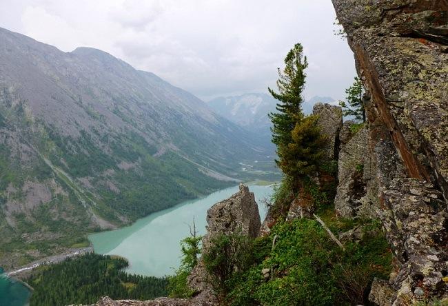 Multinskiye lake in Altai 2