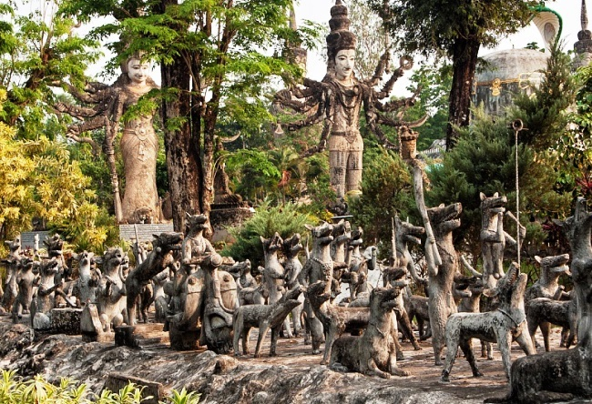 Park tallest statues in the world 4