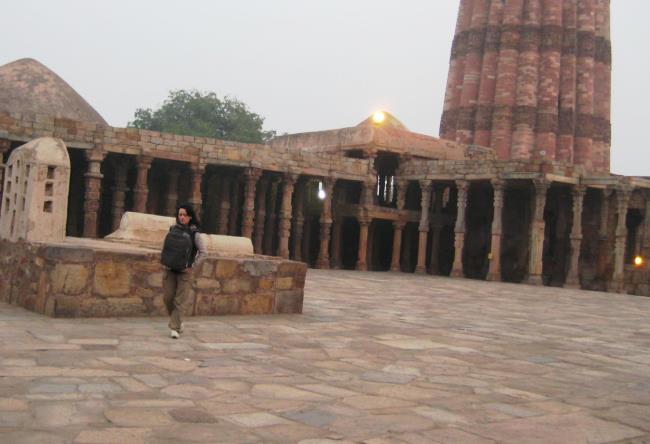 Sacred minaret of Qutub Minar 5