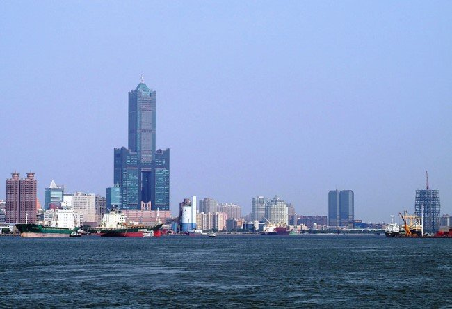 Skyscraper Tuntex Sky Tower in Kaohsiung 2