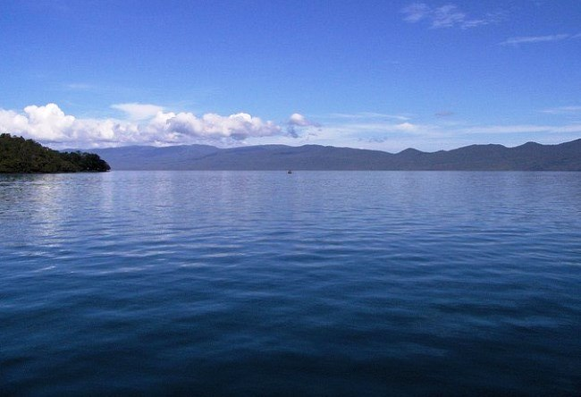 Indonesian Lake Matano on Sulawesi 4