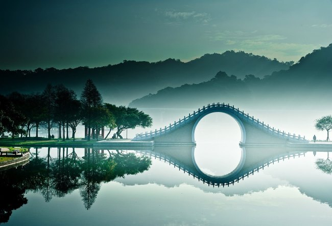 Jade Belt Bridge 2