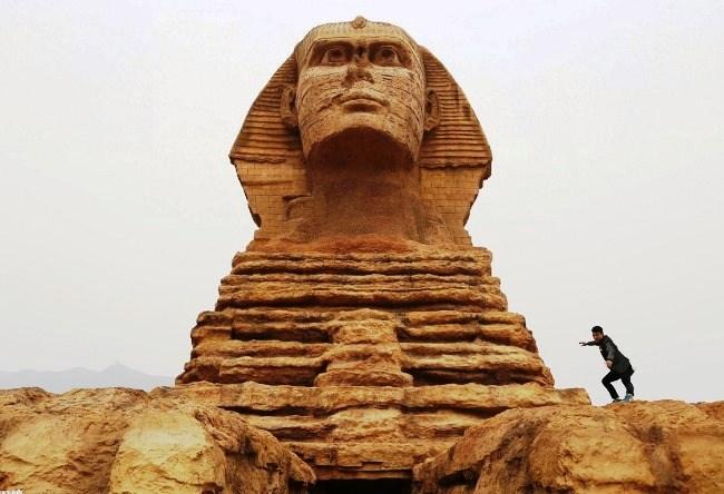 Sphinx in China True true 5