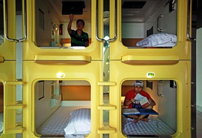 Why visit capsule hotel 3