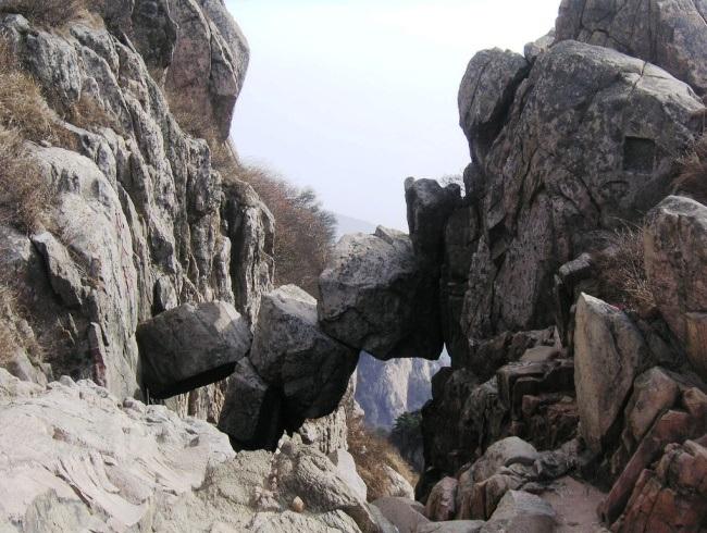 Immortal Bridge in Taishan 3