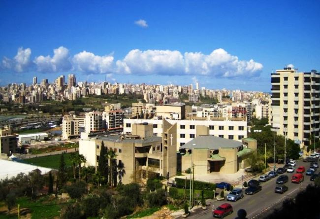 At the crossroads of East and West Beirut 4