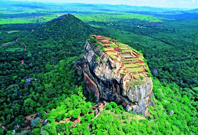 Lion Rock or even just about Sigiriya 2