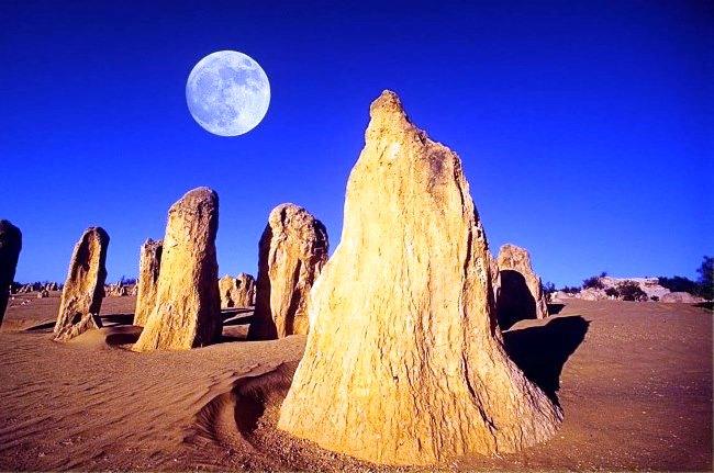 Место с пейзажем неземной красоты - Пустыня Пиннакли