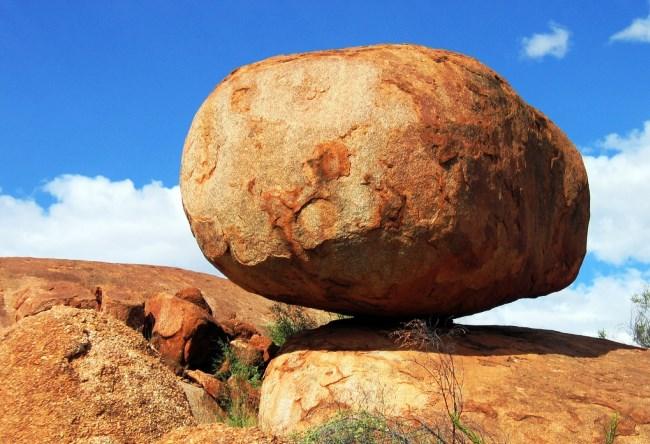 Непостижимые камни Карлу-Карлу близ Теннант-Крик 5