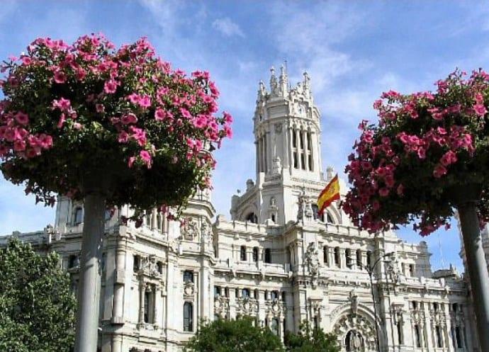 Жаркий город с неповторимым колоритом туры в Испанию 3