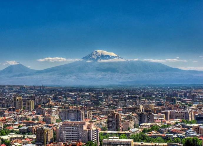 Интересные места Европы Розовый город Ереван 4