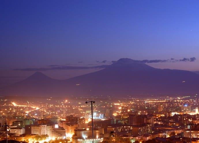 Интересные места Европы Розовый город Ереван 5