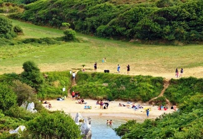 Фантастический пляж Gulpiyuri 4