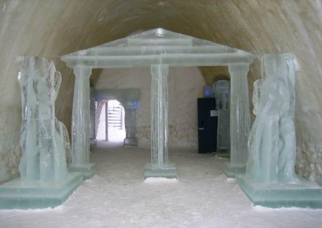 Снежный замок LumiLinna в Кеми