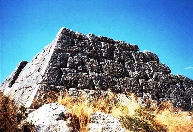 Пирамиды Греции 3