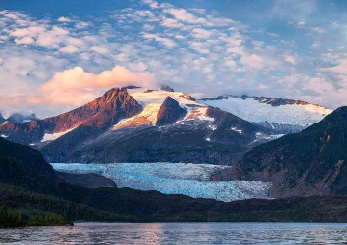 Ледяная пещера ледника Менденхолл 2