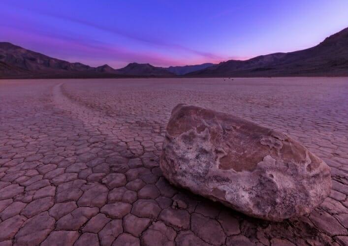 Долина движущихся камней 5