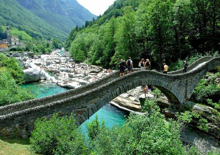 Верзаска самая прозрачная река в мире 2