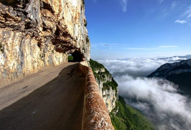 Самая сказочная дорога в мире – Лестница троллей