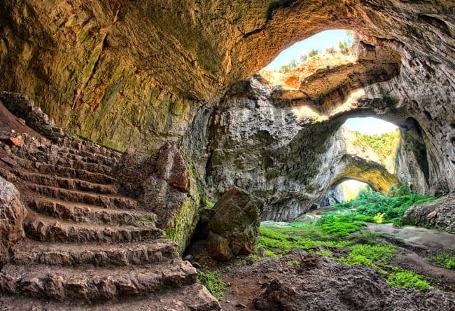 Карстовая пещера Девяташка в Болгарии 3 1516.ев