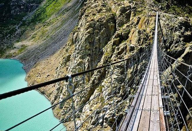 Уникальный подвесной мост Titlis Cliff Walk в Швейцарии 5 1500.ев