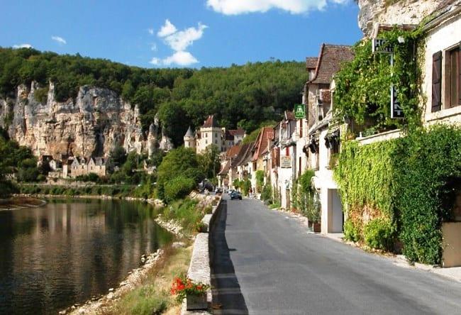 Красивая деревня La Roque-Gageac 3