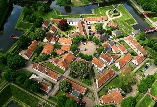 Крепость Bourtange в форме звезды 4