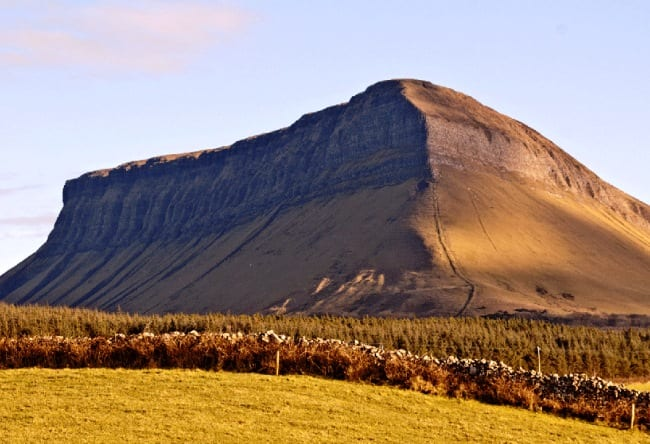 Челюстеобразный пик  гора Бен Балбен 4