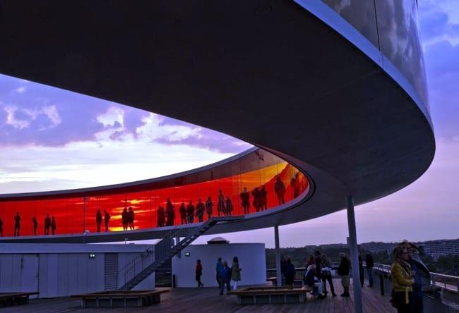 Музей ARos с удивительным строением на крыше 3