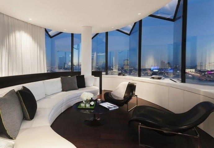 Me Hotel 2