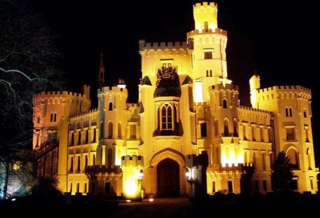 Орлиное гнездо Чехии  замок Глубока-над Влатовой 5