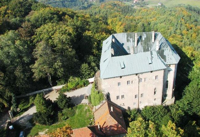 Demons Houska Castle 5