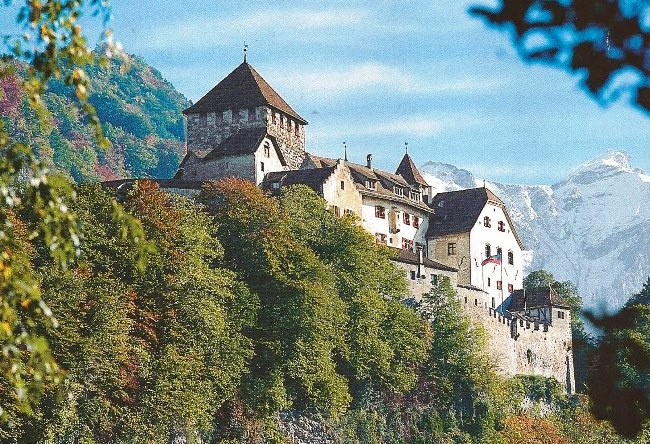 Vaduz - the capital without schools and the media 5