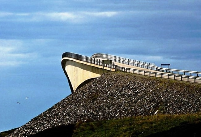 Bridge to Nowhere or surprise Atlantic Road 5