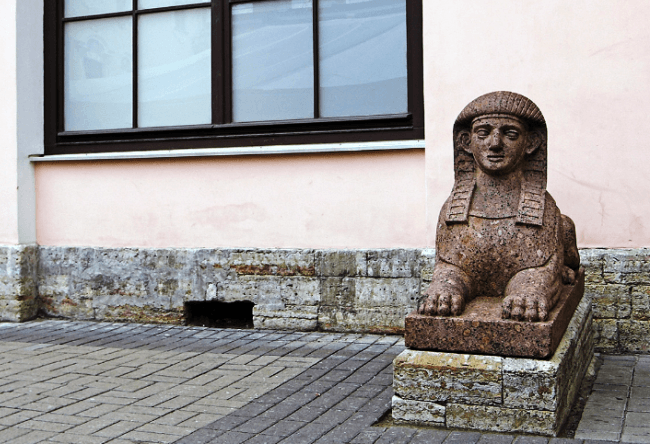 Egyptian sphinx in St. Petersburg and the white nights 3